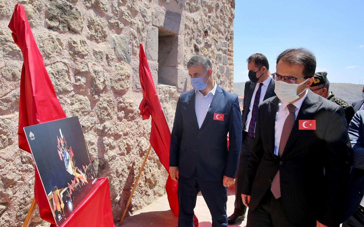 15 Temmuz Fotoğrafları Sergisi Darül Hadis'te Açıldı