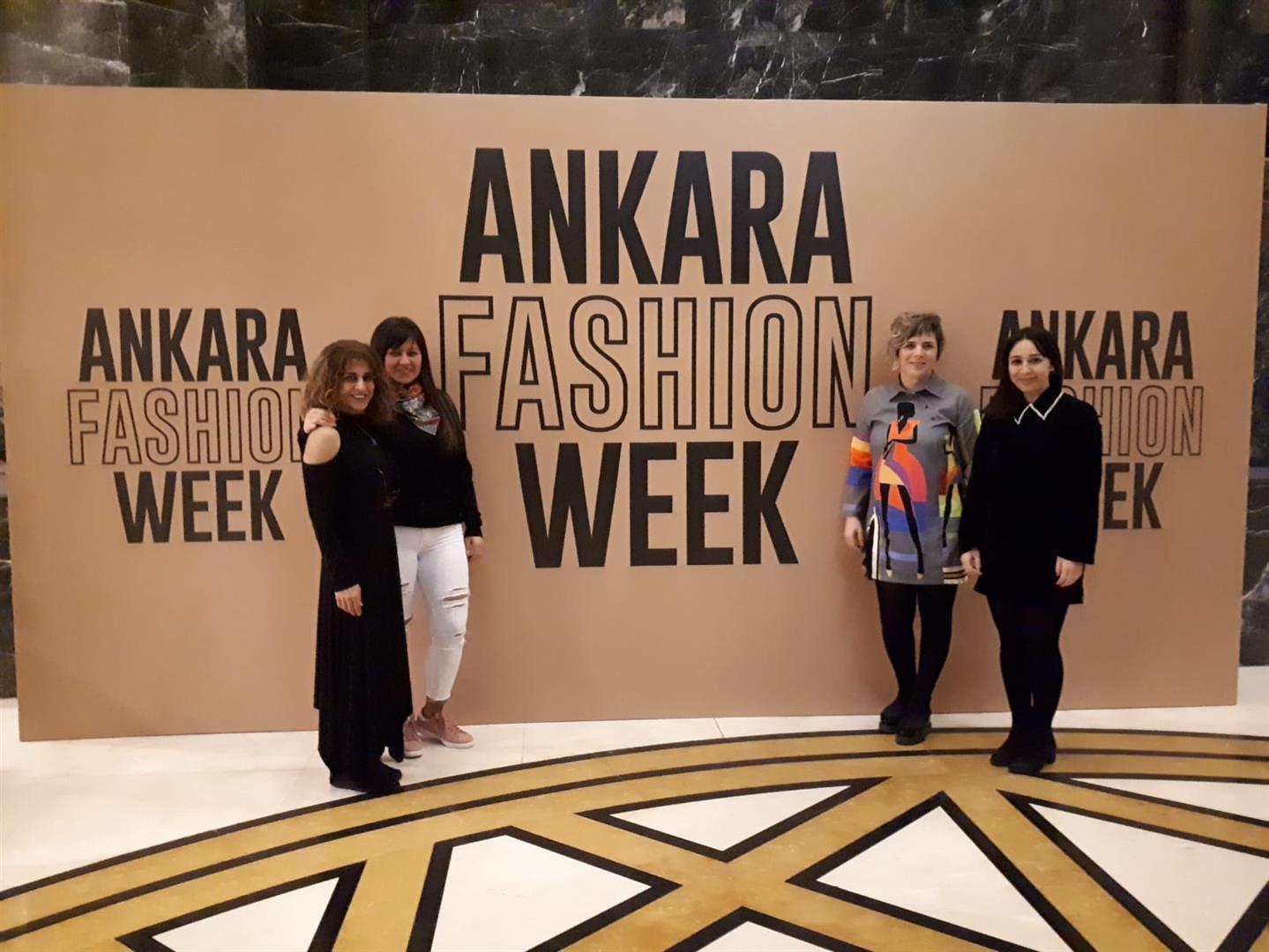 Güzel Sanatlar Fakültesi Tekstil ve Tasarım Bölümü Fashion Week 2019 Turkey'de Resim