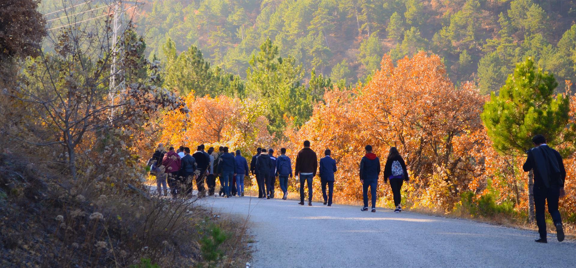 Doğaya ve Çevreye Saygı Yürüyüşü Yapıldı Resim