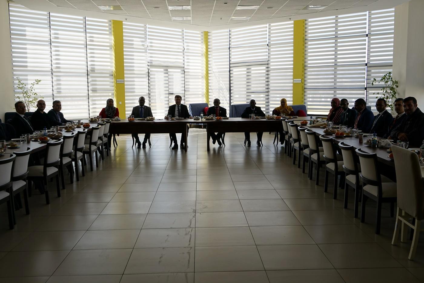 Sudanlı Çalışanlara Eğitim Sertifikaları Verildi Resim