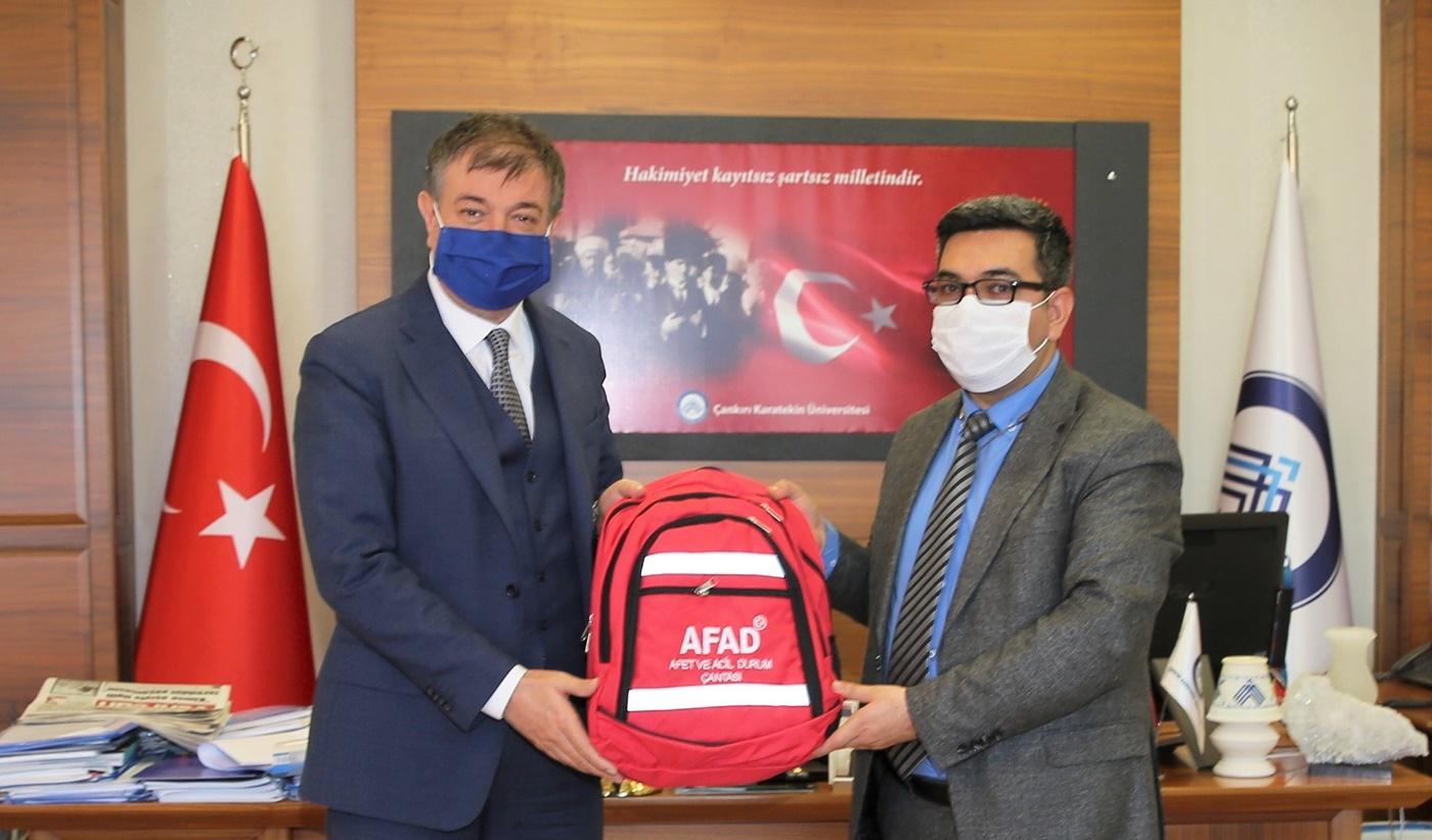 Afet ve Acil Durum Yönetimi (AFAD) Çankırı İl Müdürü Abdullah Özçelik Rektör Ayrancı'yı Ziyaret Etti